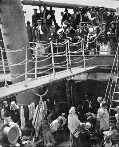 The_Steerage_1907_Stieglitz_Corrected
